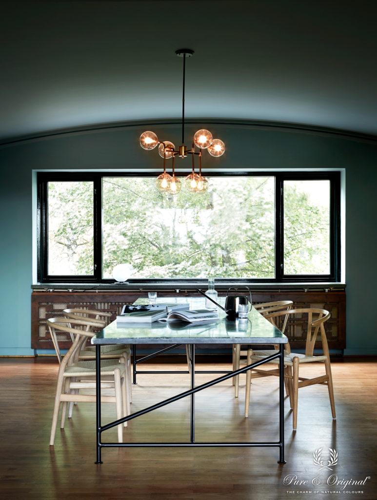 Esszimmer im eleganten Farbton Atria